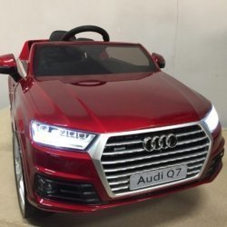Электромобиль Audi Q7 S-line красный (колеса резина, сиденье кожа, пульт, музыка)